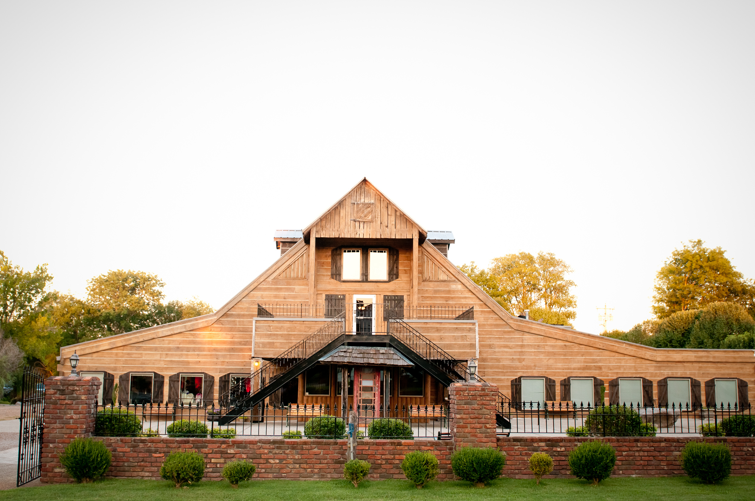 Legacy-Farms-Event-Center-barn-weddings-Nashville-weddings.jpg
