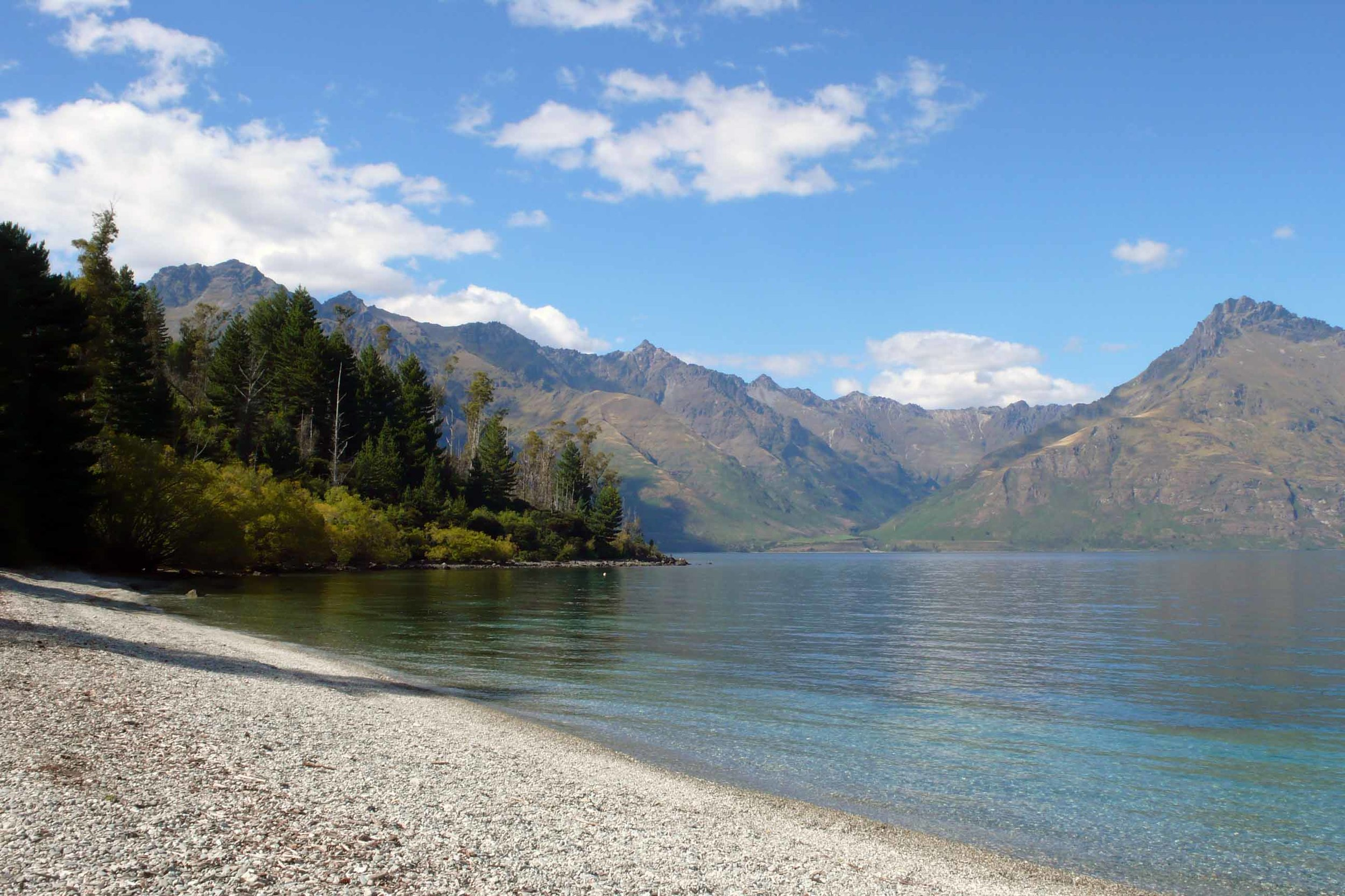 3_lake-shore-new-zealand.jpg