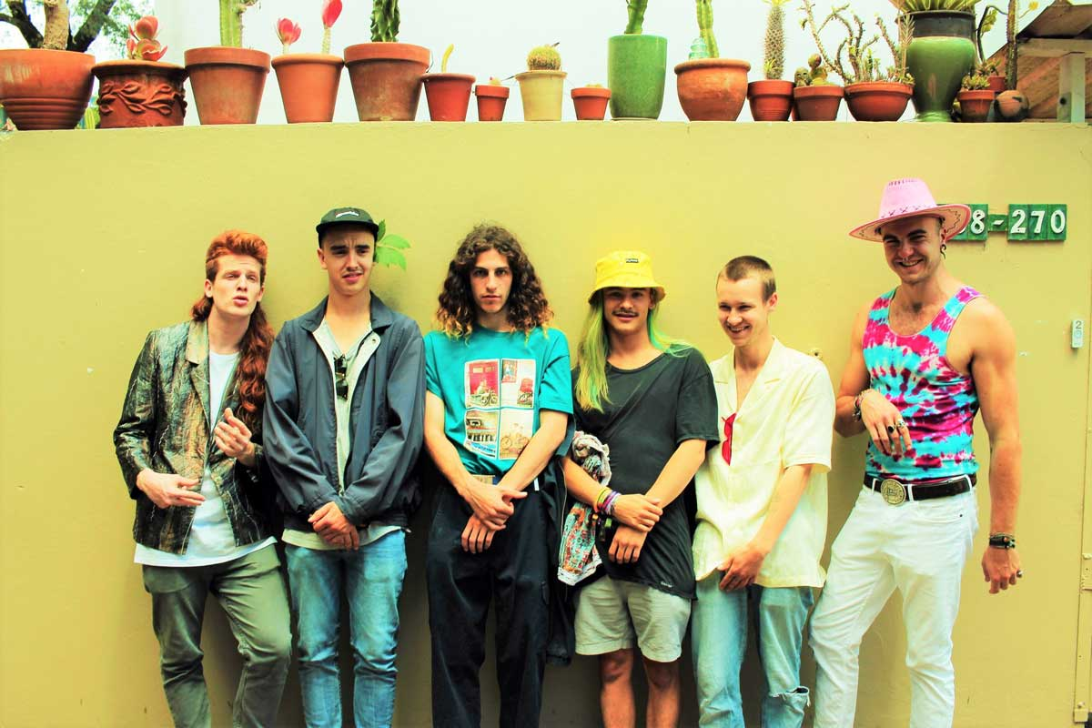 Hailing from the Northern Beaches of Sydney, this 6-piece has been doing the rounds for over 2 years with its current line-up, playing notable venues and festivals all across the country.  With fingers dipped generously in the juices of Led Zeppelin, Jeff Buckley, Fat Freddy's Drop and the Chili Peppers, Thunder Fox culminates in something as catchy as it is unique while delivering an ecstatic live experience that devoted fans continue to crave.
