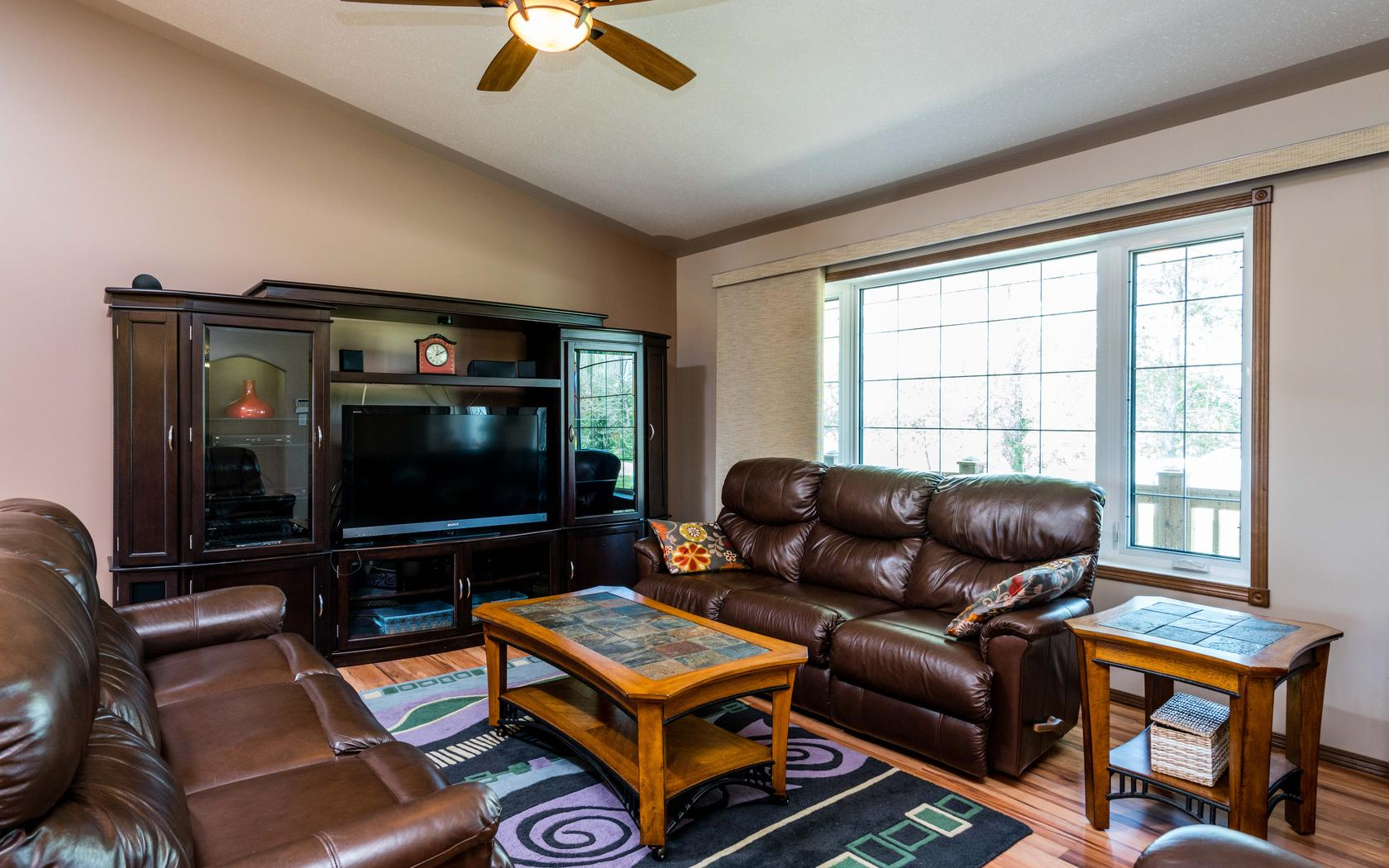Susnet Living Room 2.jpg