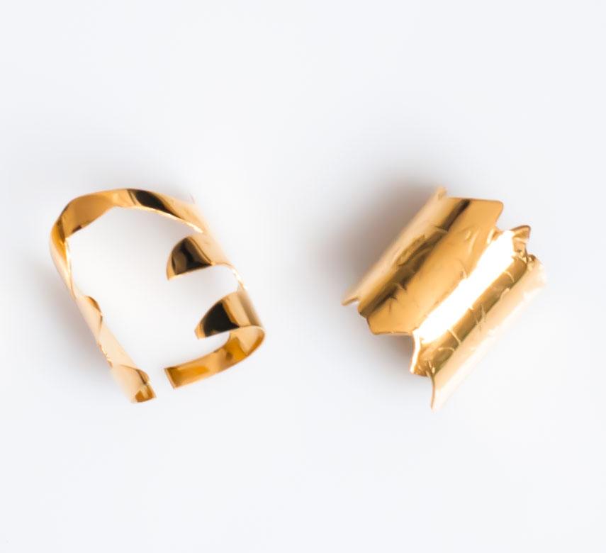 Frassaï Nüwa gold rings
