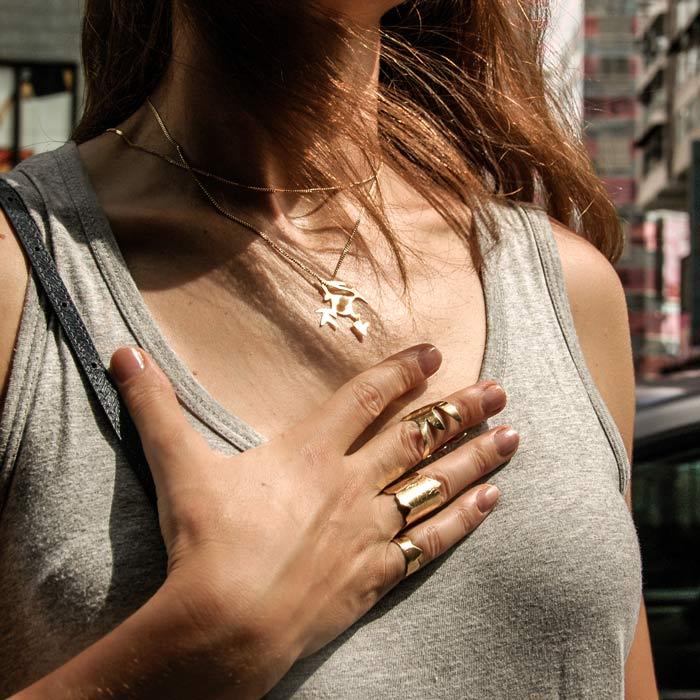 Pearl-Drop-Necklace-Frassai-Nuwa.jpg