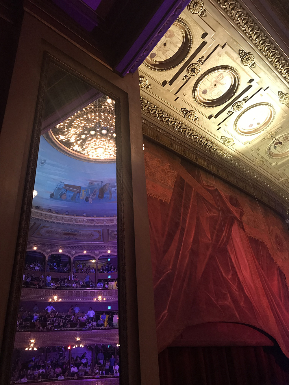 Teatro Colón el telón @frassai Buenos Aires