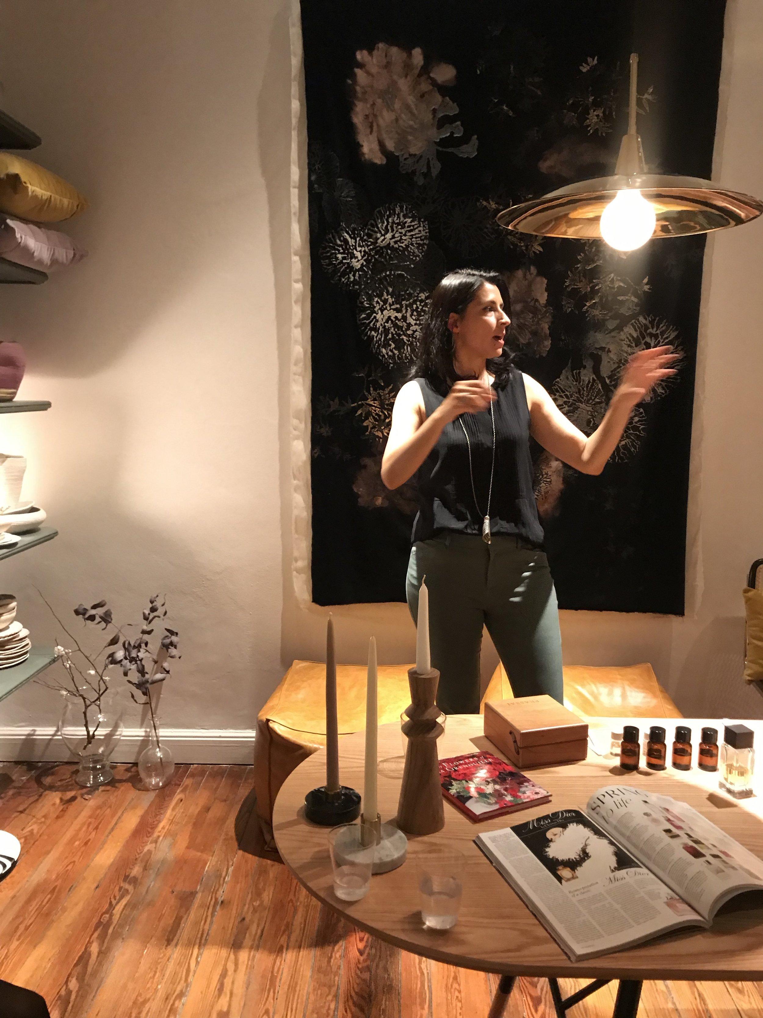 Presentacion Natalia Outeda FRASSAI & ASTOR en Barbara Bertone ID