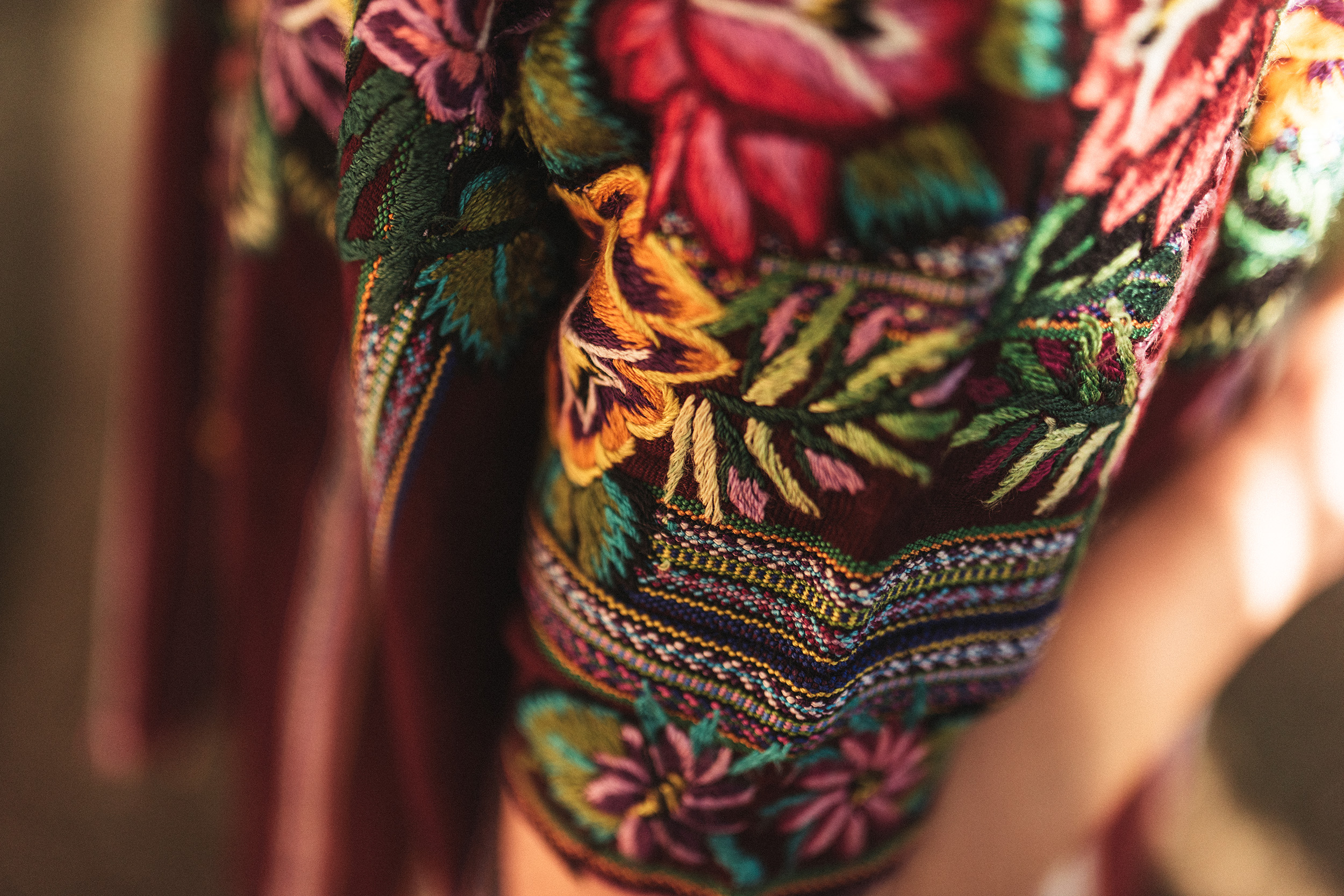 Arte textil de los pueblos indígenas de Latinoamérica en Castelo Studio