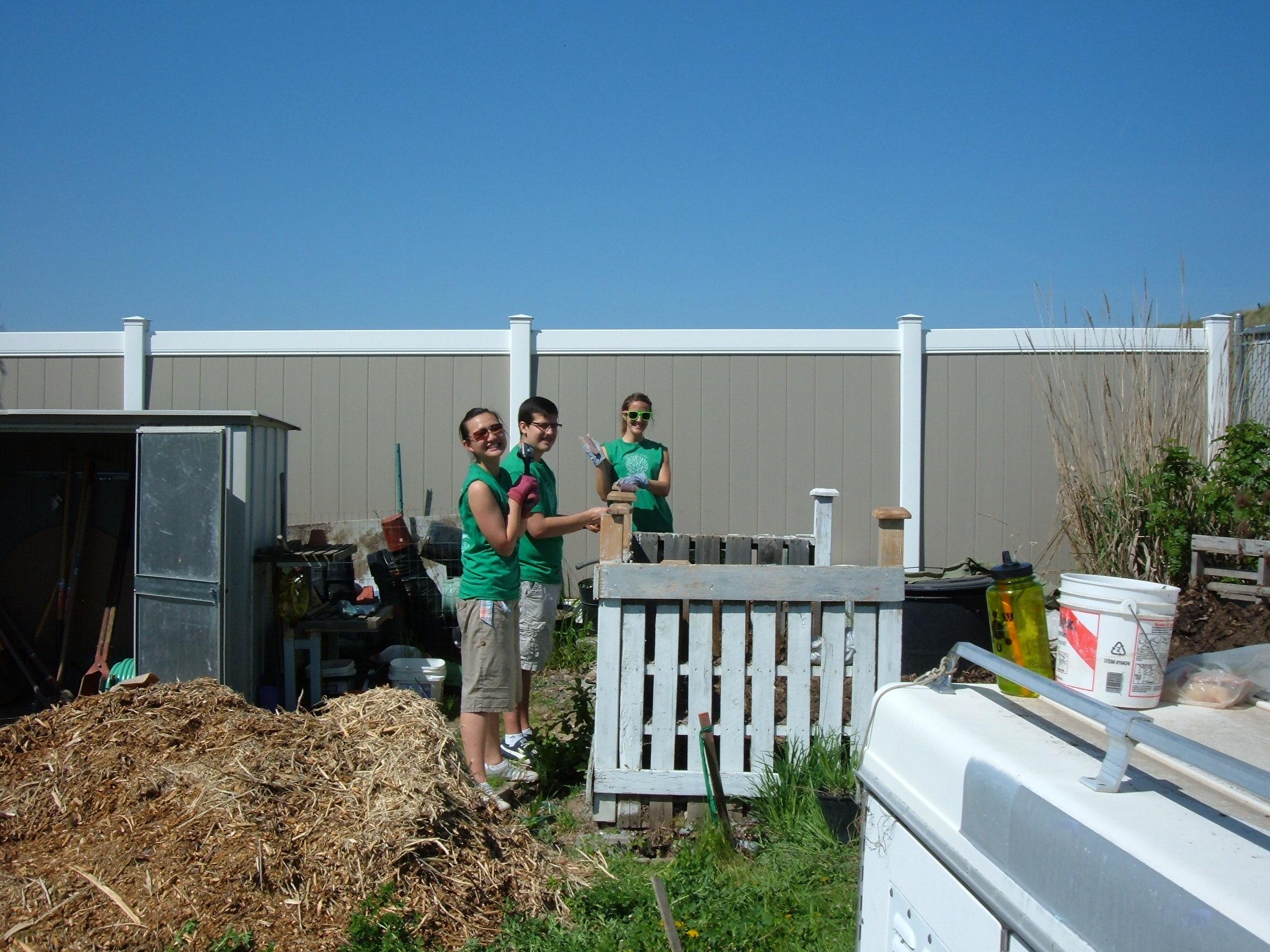 Volunteers - Earth Day 2012