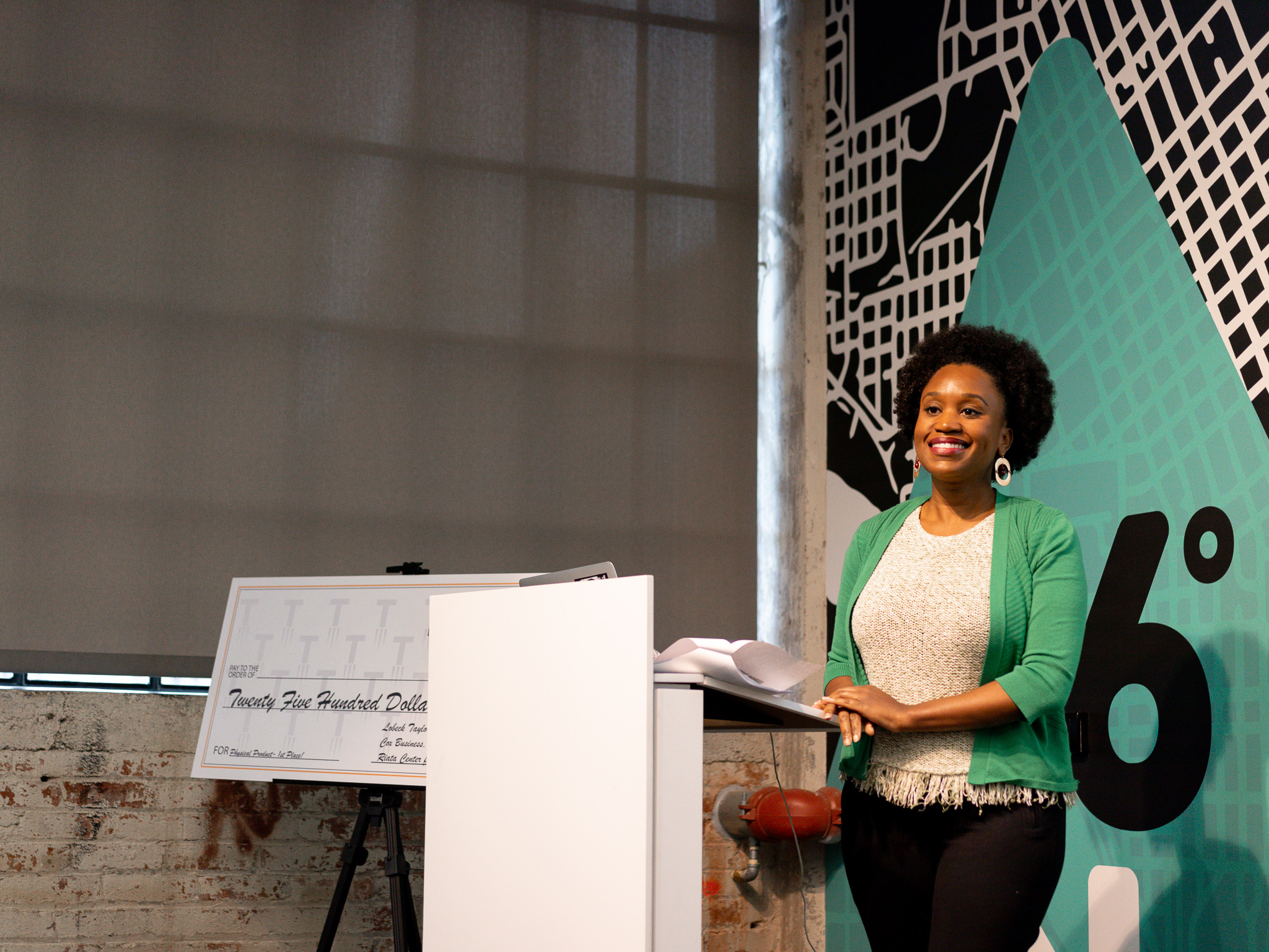 Fallon Laine, founder of Tropical Origins, presents at the Tulsa Startup Series Live Pitch.