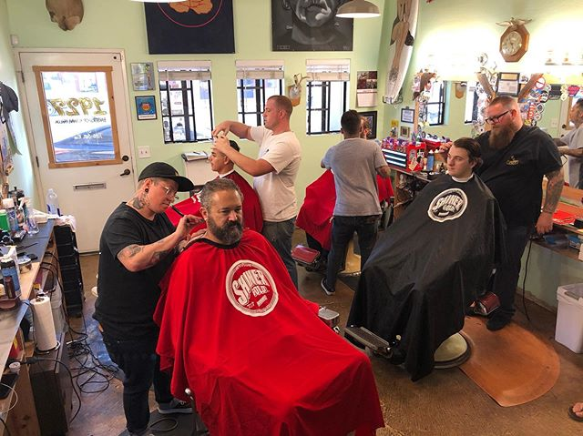 Another busy hump day at 1927!  Thank you Ventura!  #1927barbershop is #midtownsfinest #ventura #barbershop #barbershopsofamerica #shinergold