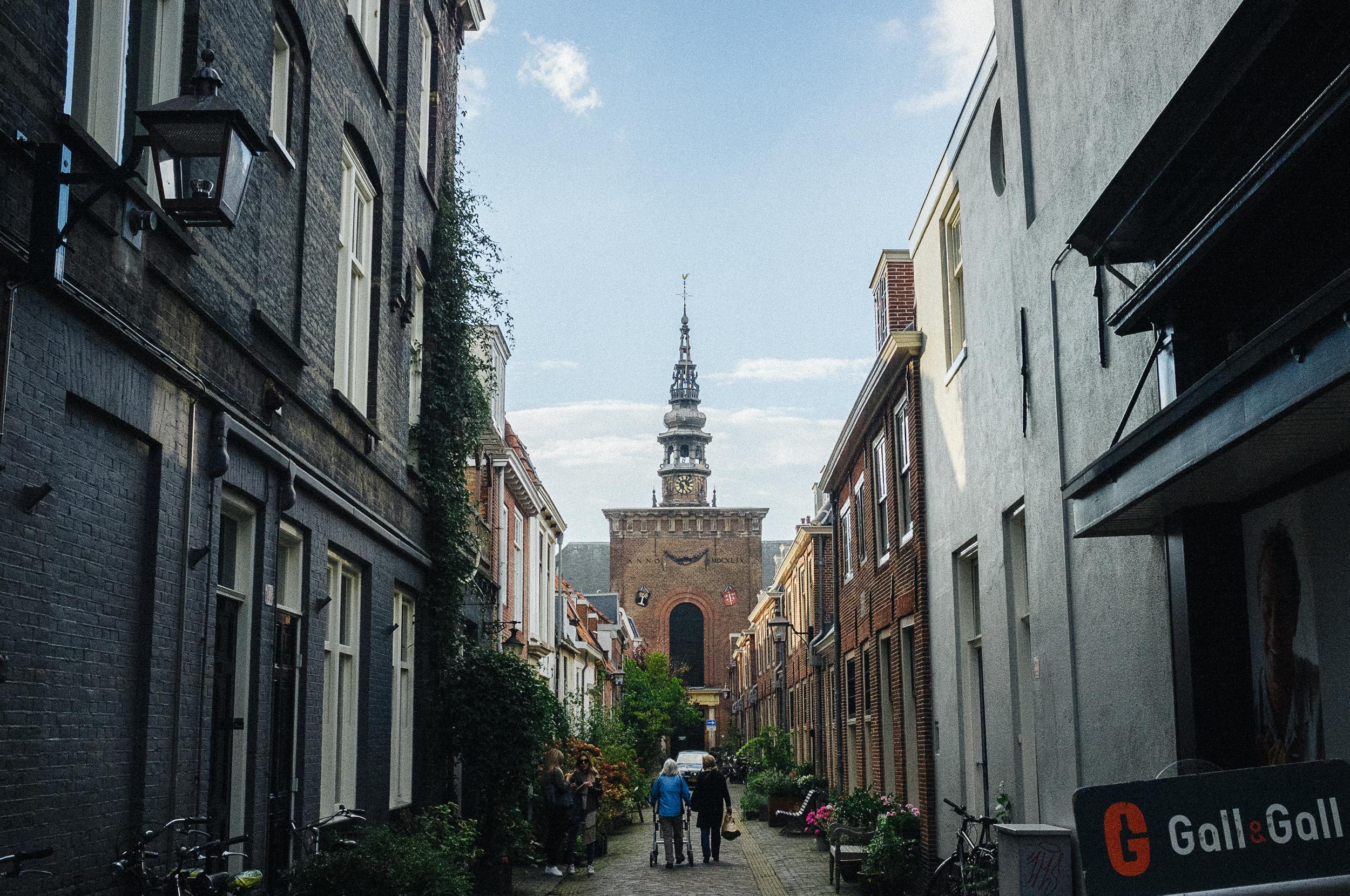 Alley view of Haarlem's Nieuwe Kerk.Photo taken with Fuji X100S, edited with VSCO.