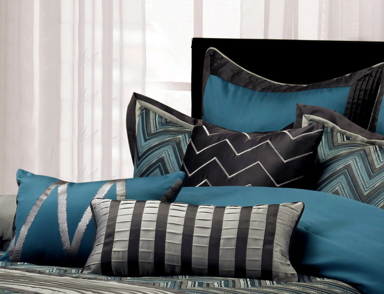 Decorative Pillows-chevron.jpg