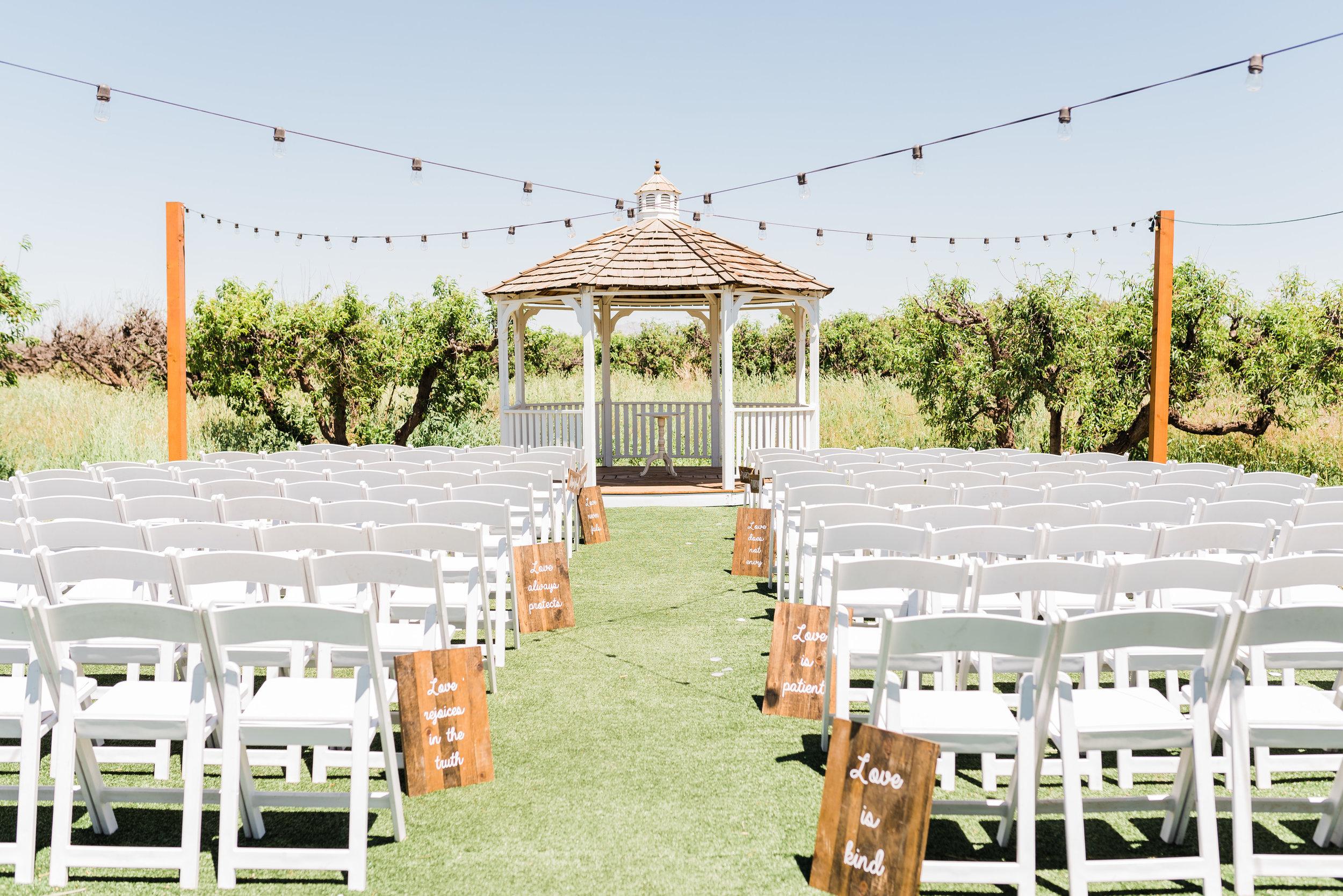 Queen creek Wedding photographer ceremony site