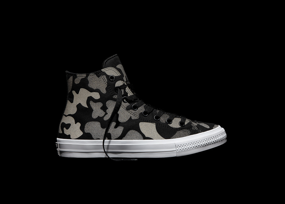 Converse_Chuck_Taylor_All_Star_II_Reflective_Camo_-_Black_detail-1.jpg