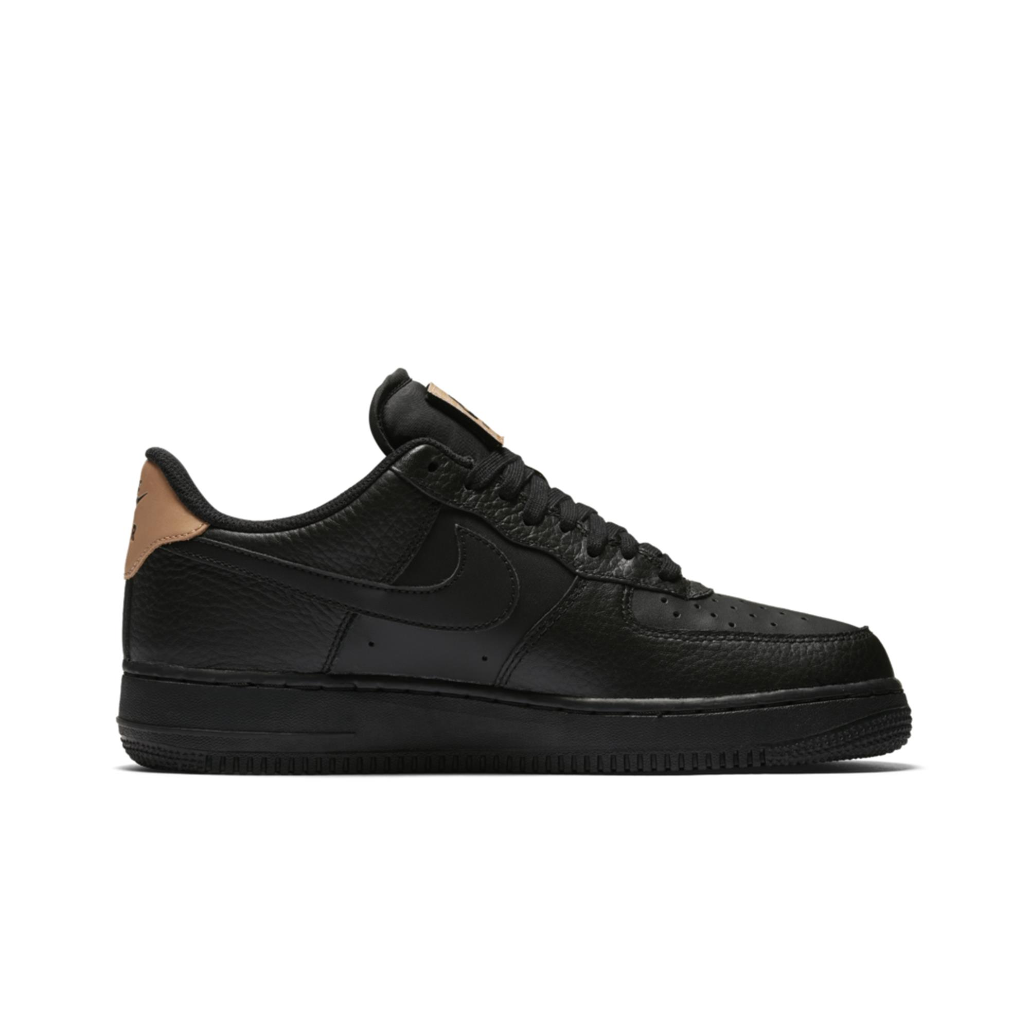 NIKE AIR FORCE 1 07 LV8 PRETO.jpg
