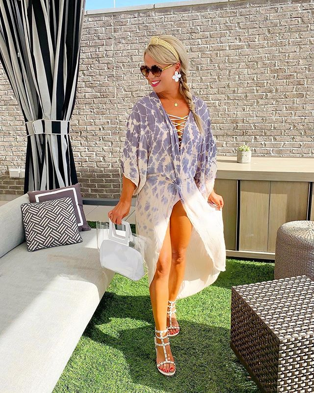 Sure wish I was back at the fab @hotelatavalon rooftop pool today! 😎💦 We enjoyed the best family staycation earlier this week, and if you haven't yet done an overnight as a couple or a family at @hotelatavalon, I can't recommend more highly! 🤗🙌🏻 This breezy kimono coverup is quickly becoming a new fav, and my white suit is currently 40% off! ☀️ Mike told me this swimmie is his fav on me 😉... it really is such a pretty + flattering one! Head over to stories for a pic! 💕 Get all the shopping details instantly, by following me @laurenlefevre on the @liketoknow.it app. http://liketk.it/2D4My #LTKtravel #LTKswim #LTKsalealert @avaloninsider #avaloninsider