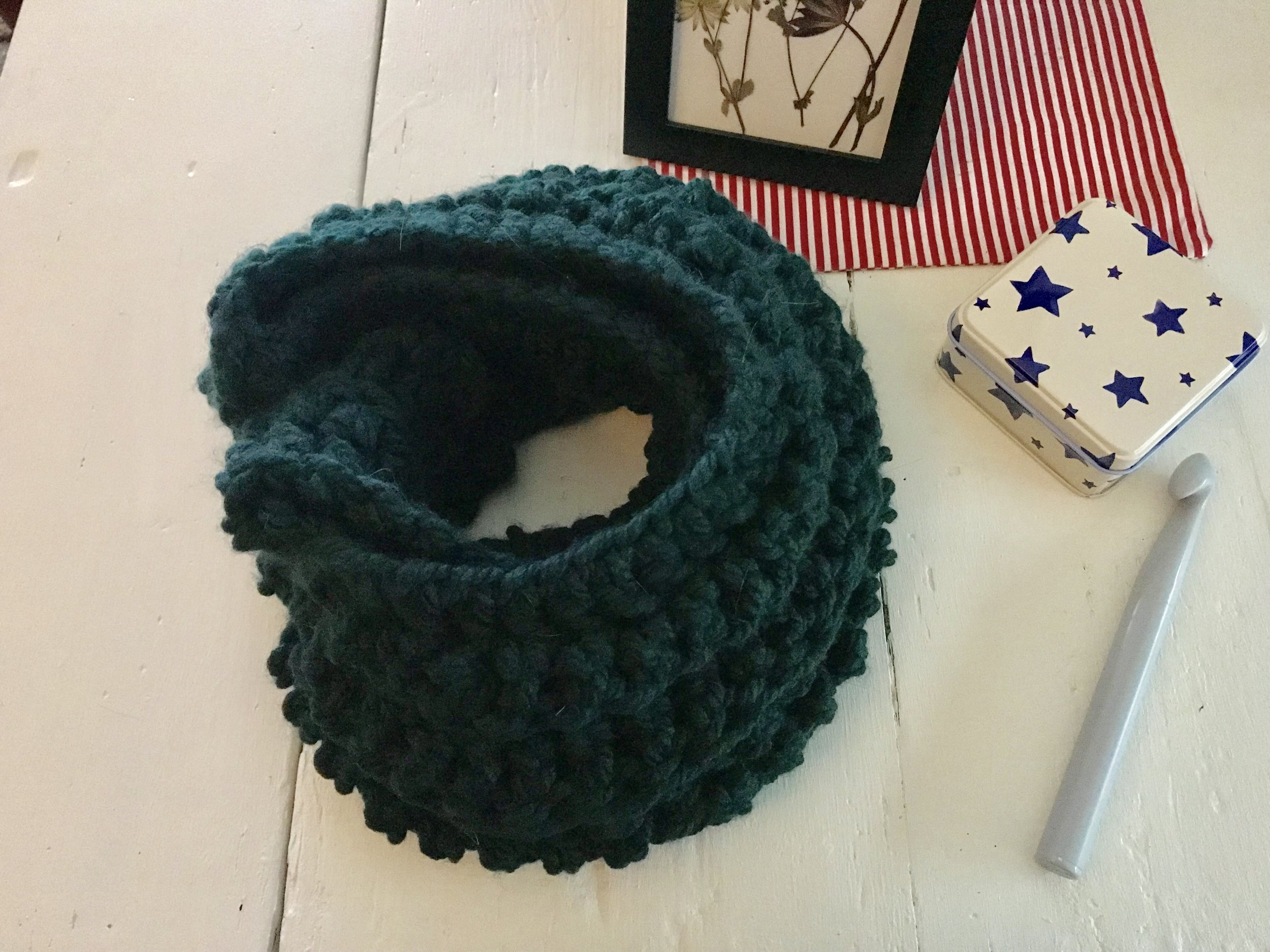 Caulfield Infinity Scarf Crochet Pattern // Darling Be Brave