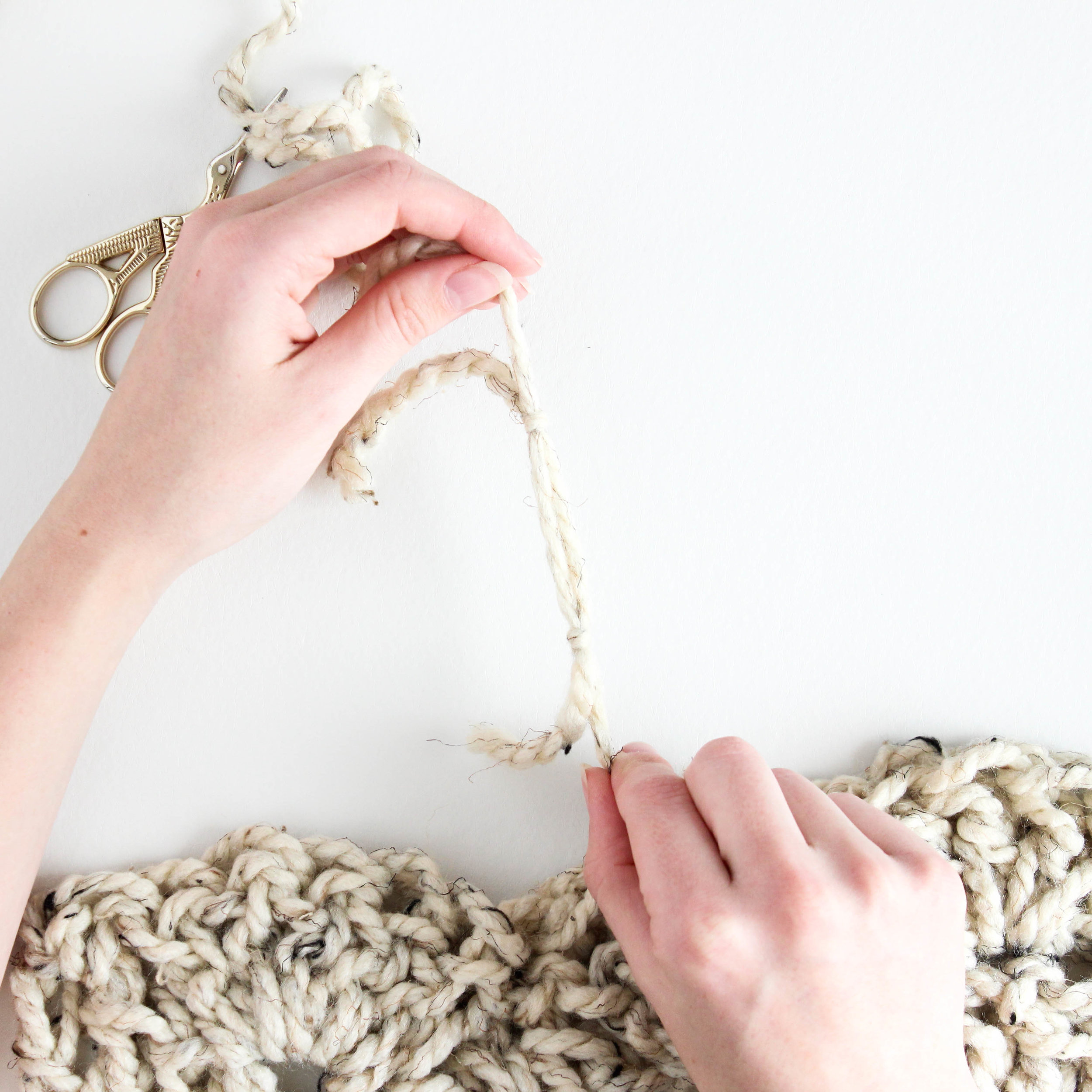 Crochet Magic Knot Tutorial // Darling Be Brave