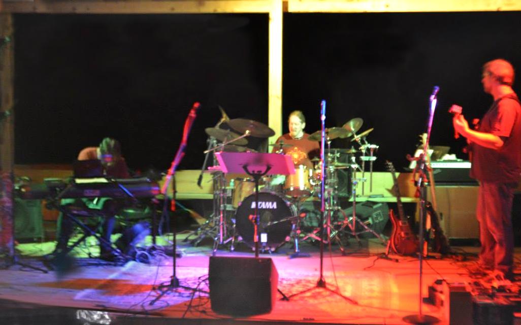 Yeti Trio performing.png