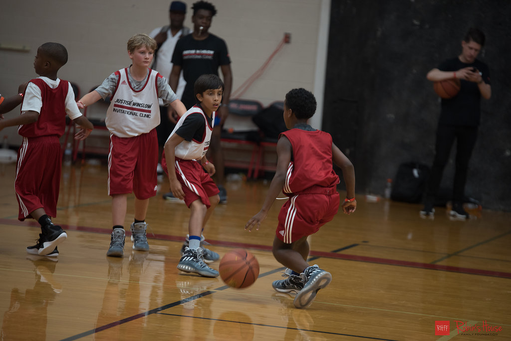 rhff_basketball_clinic_saturday-115.jpg