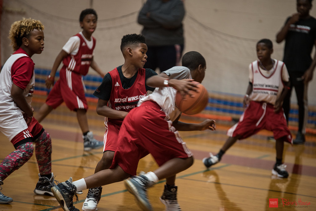 rhff_basketball_clinic_sunday-60.jpg