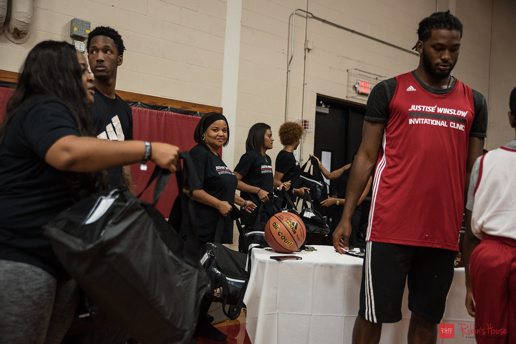 rhff_basketball_clinic_sunday-108.jpg
