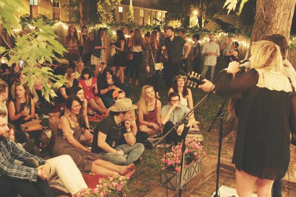 backyard-dinner-party-9
