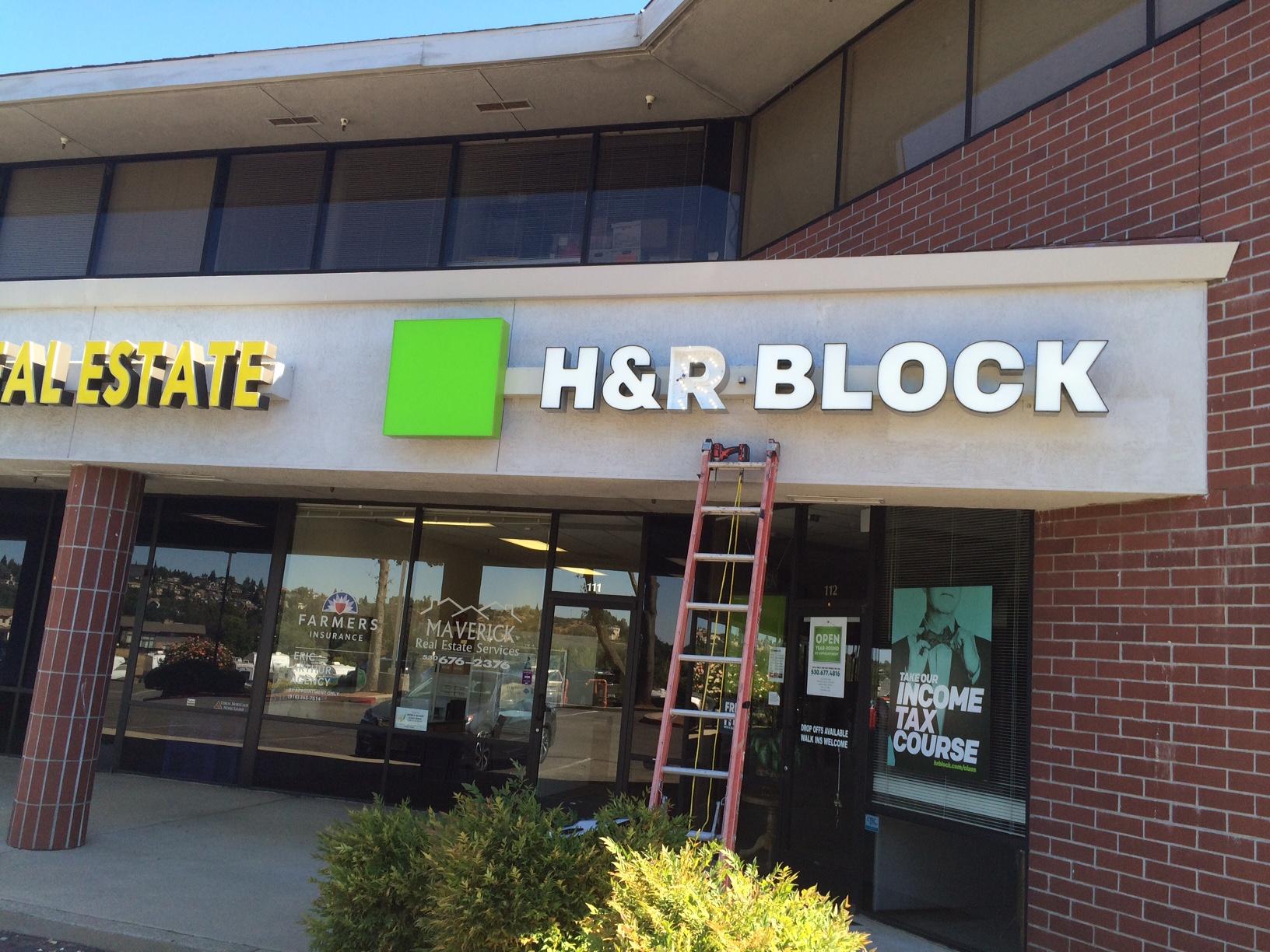 HR Block 6512 Cameron Park 2.JPG