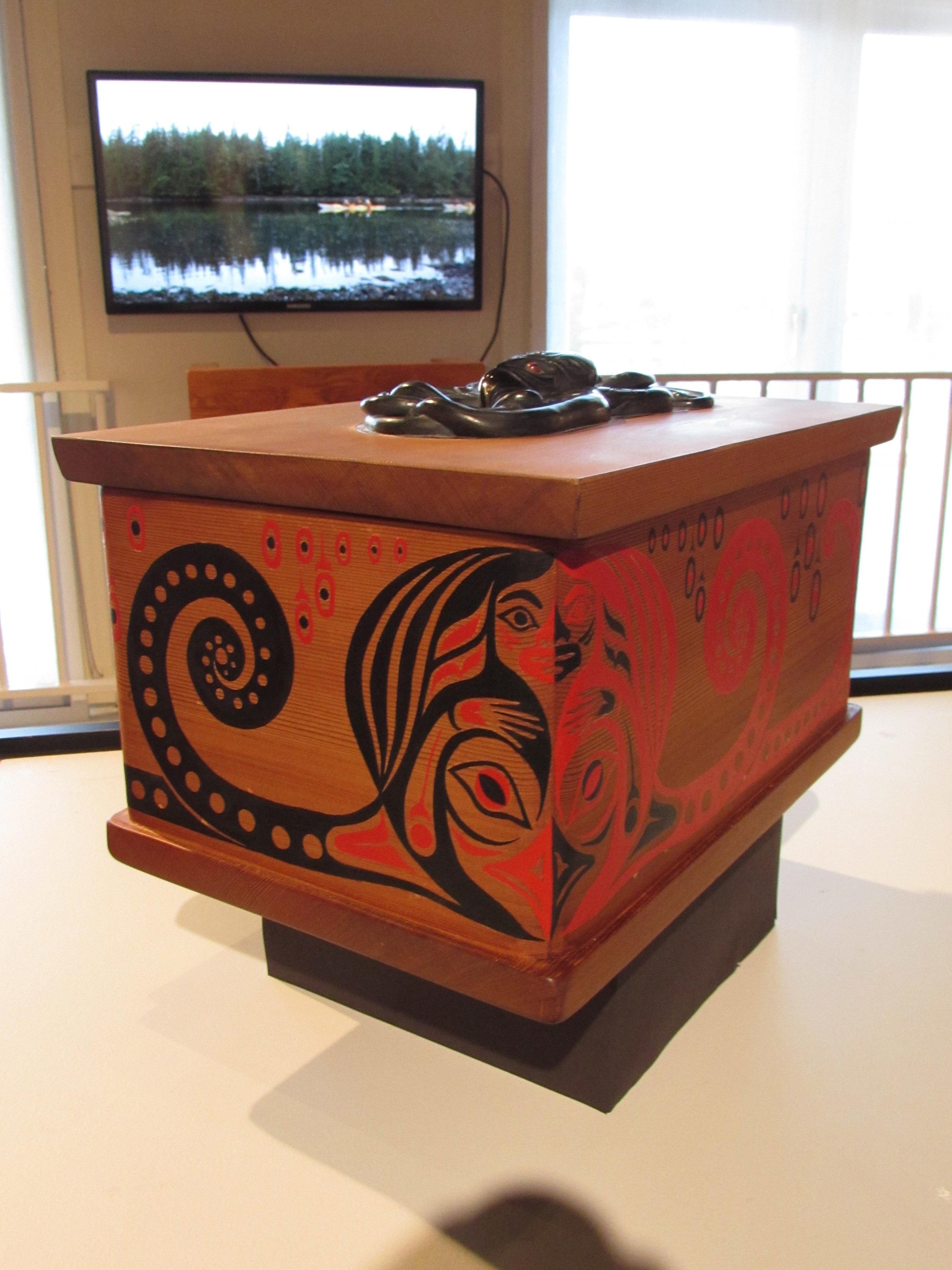 April SGaana Jaad White, Octopus Woman bentwood box with argillite