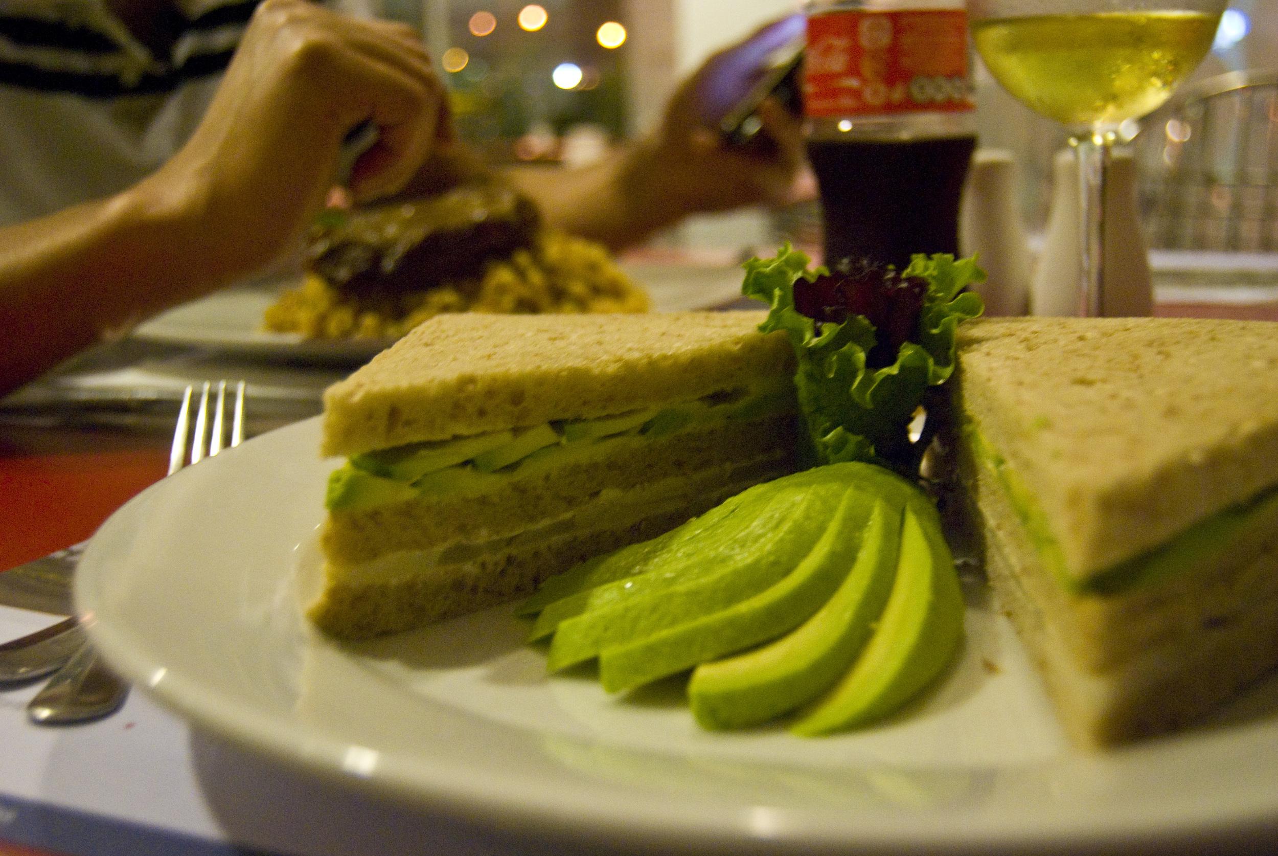 veg-sandwich_4121961359_o.jpg