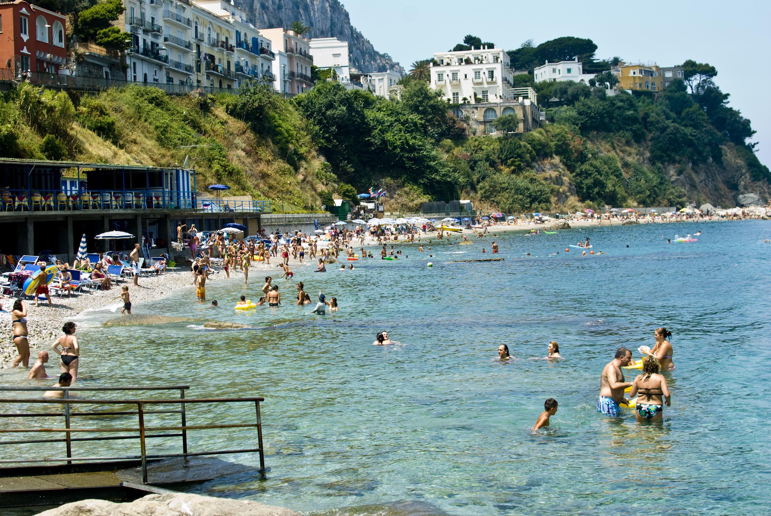 capri-beach_4799636206_o.jpg