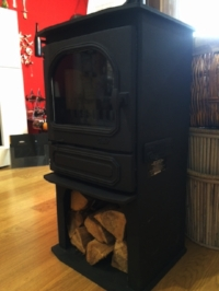 This is our display model - reduced to just £799!!