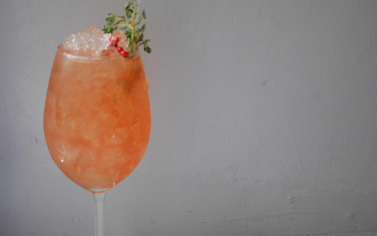 queen-o-t-towd-thatch-drink-18.jpg