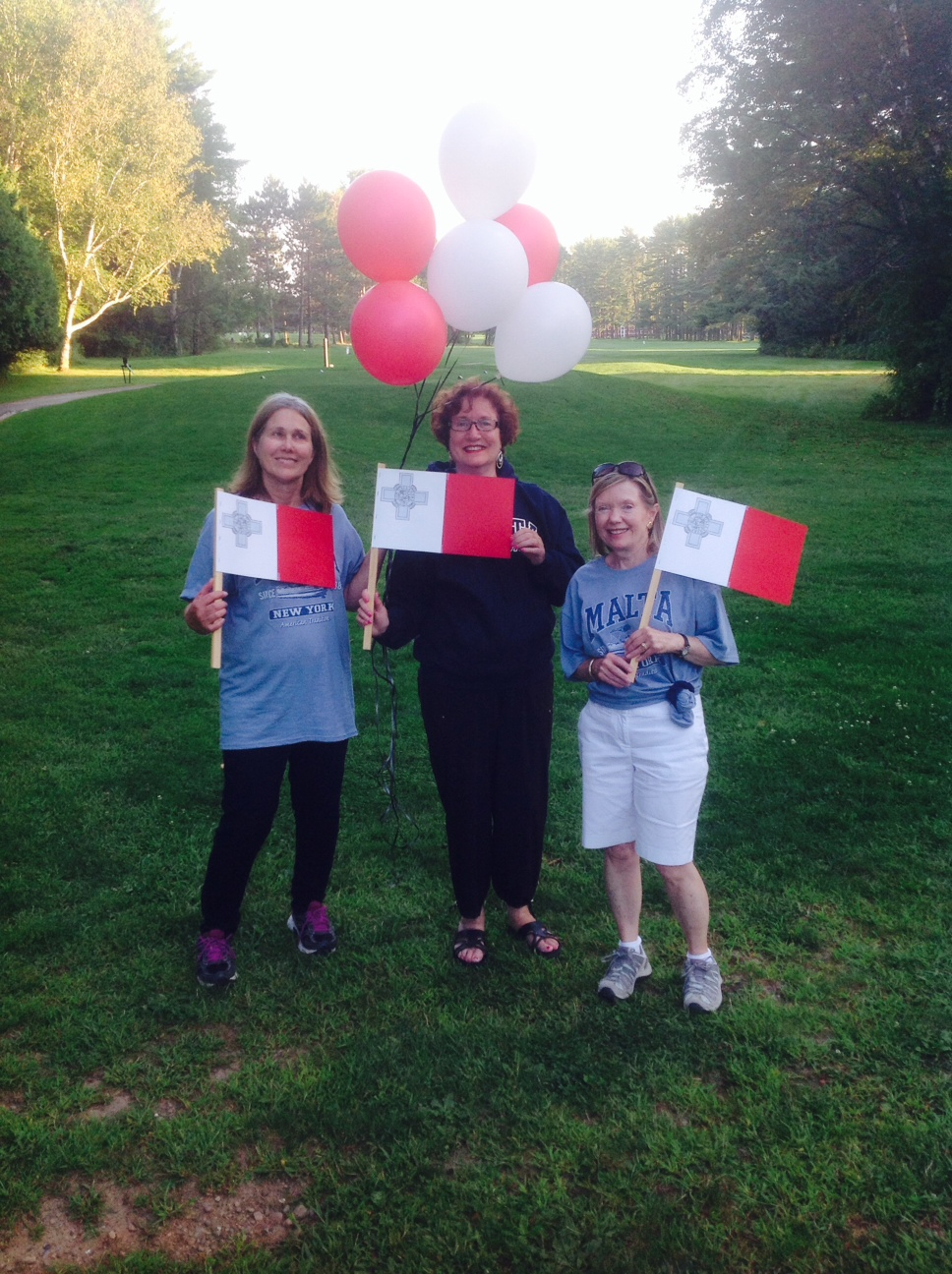 Donna, Marlene, and Shirley have a poetry reading in Malta, NY (USA) to honor the people of Malta on Malta's independence day (Sep 21).