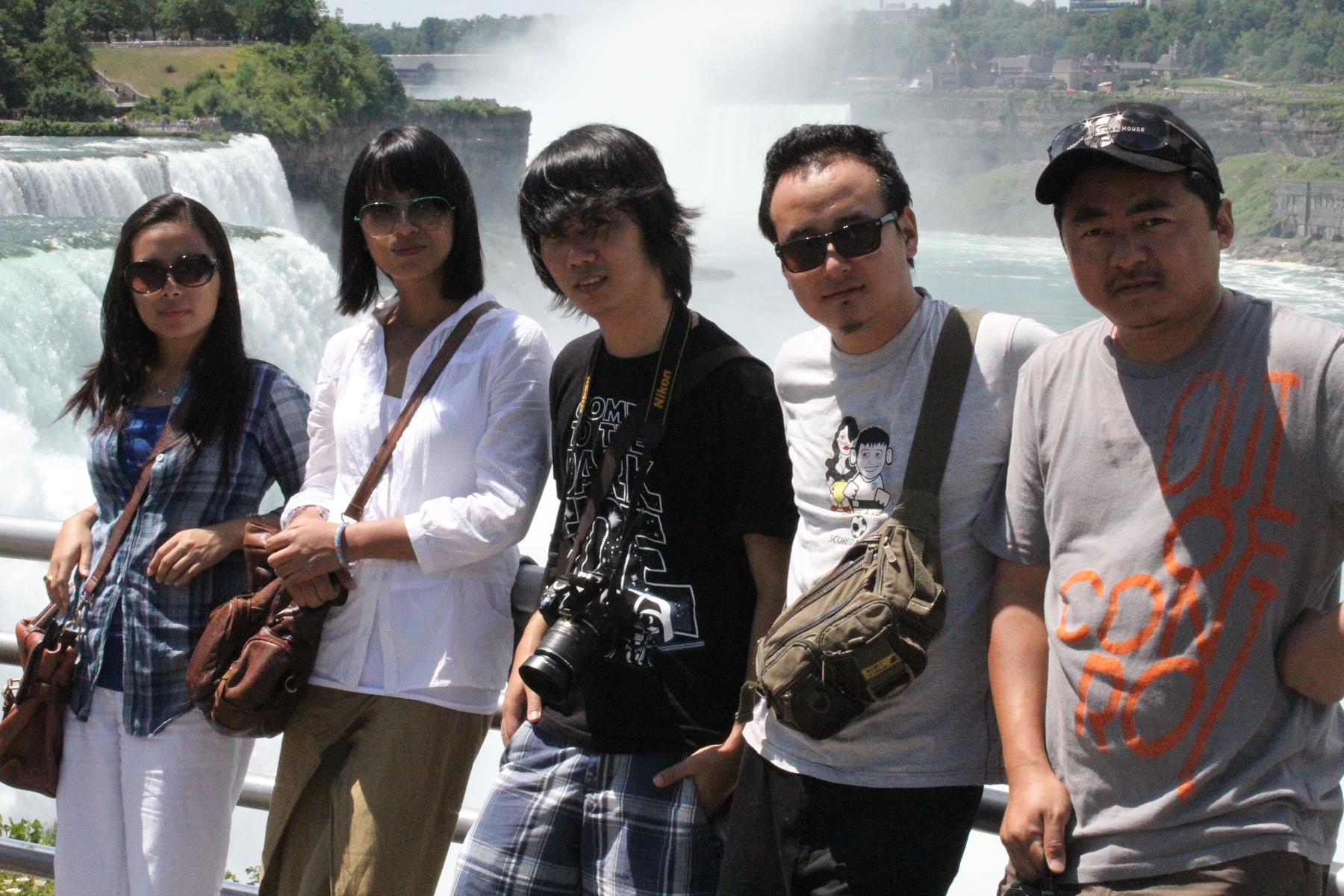 Group_Niagara_6x4.jpg