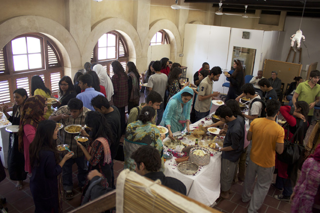 Pakistan-Lunch-72dpi-small.jpg