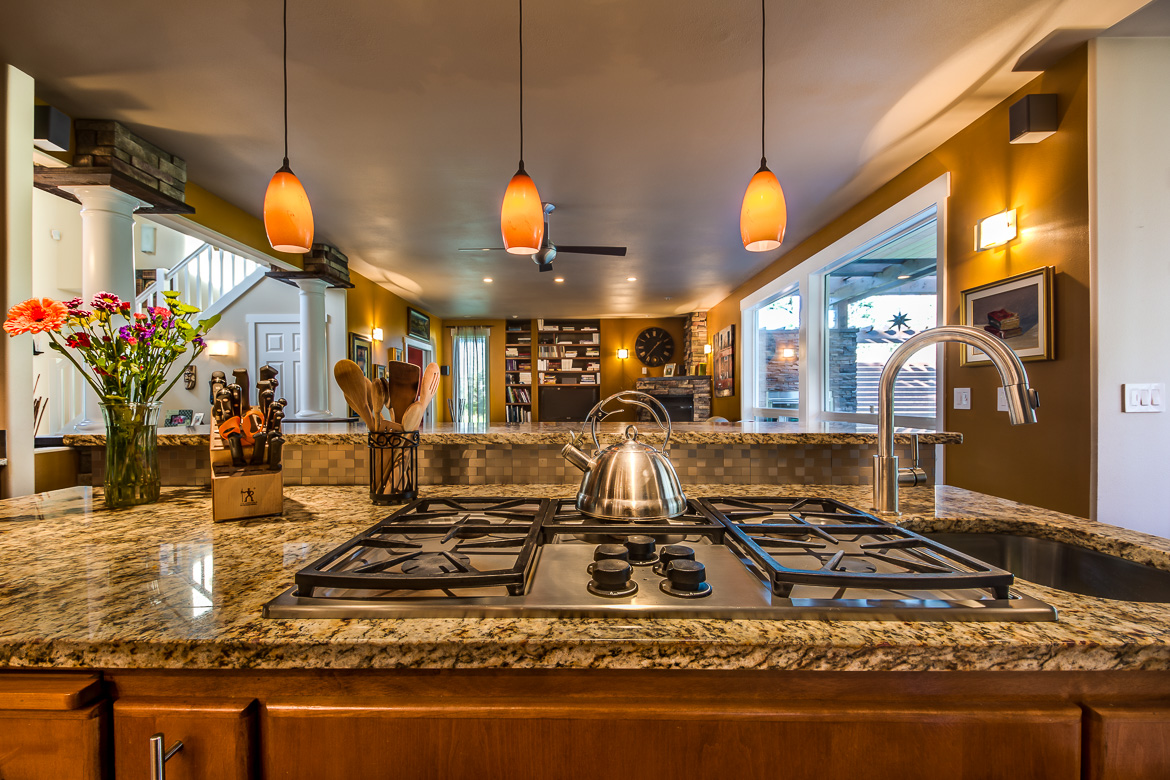 549 Brindle Place Camano Island-33 Blended 2016-SMALL.jpg