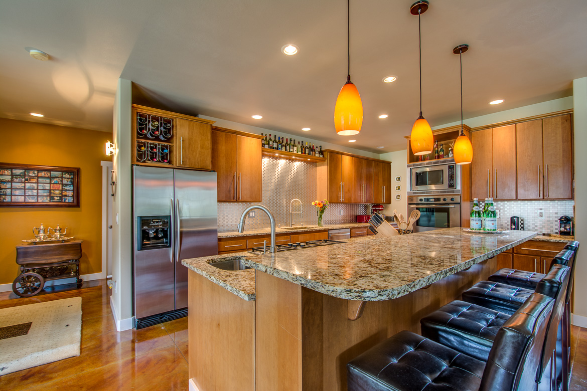 549 Brindle Place Camano Island-41 Blended 2016-SMALL.jpg