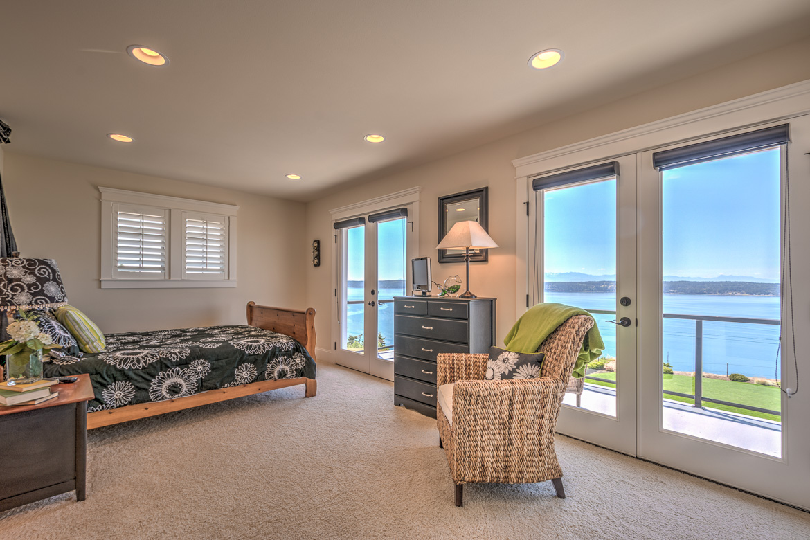 462 Eagle Crest HDR-312016-SMALL.jpg