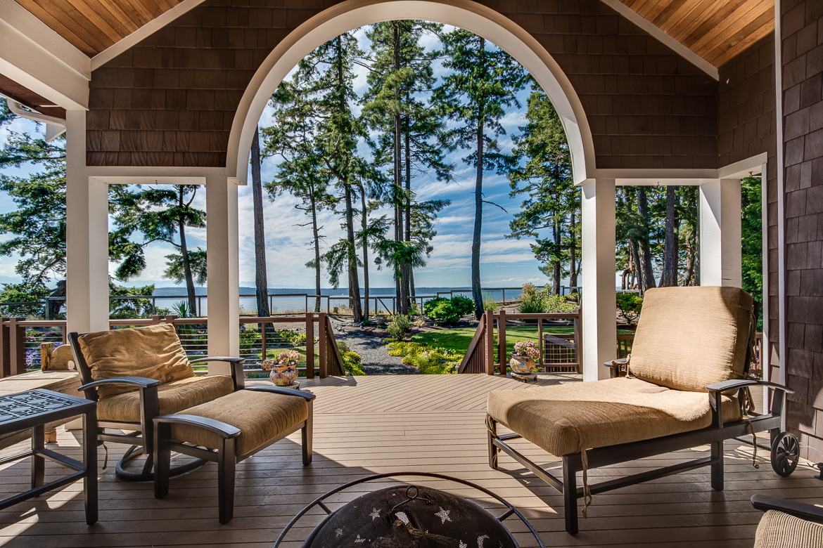 424 Eagle Crest Dr Camano Island-225 Blended 2016-SMALL.jpg