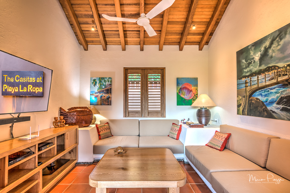 The Casitas HDR Zihuatanejo-25-Edit2017-SMALL.jpg