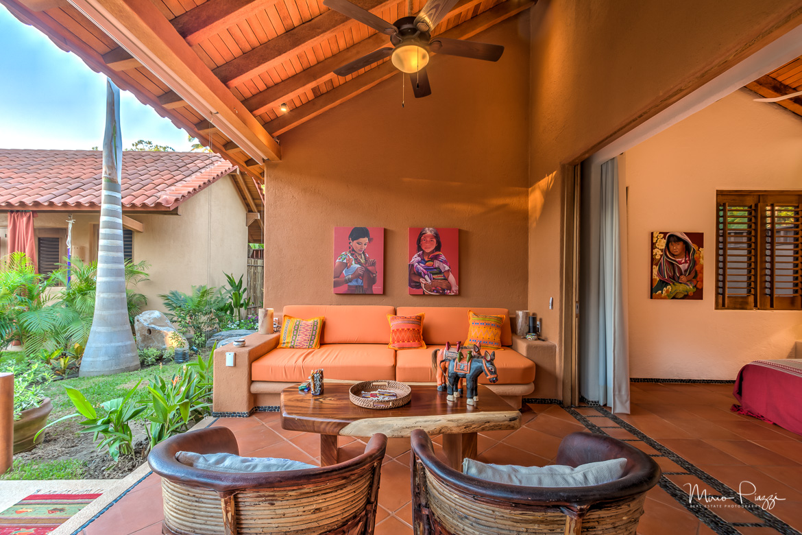 The Casitas HDR Zihuatanejo-322017-SMALL.jpg