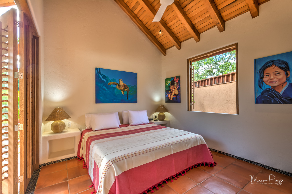 The Casitas HDR Zihuatanejo2017-SMALL.jpg