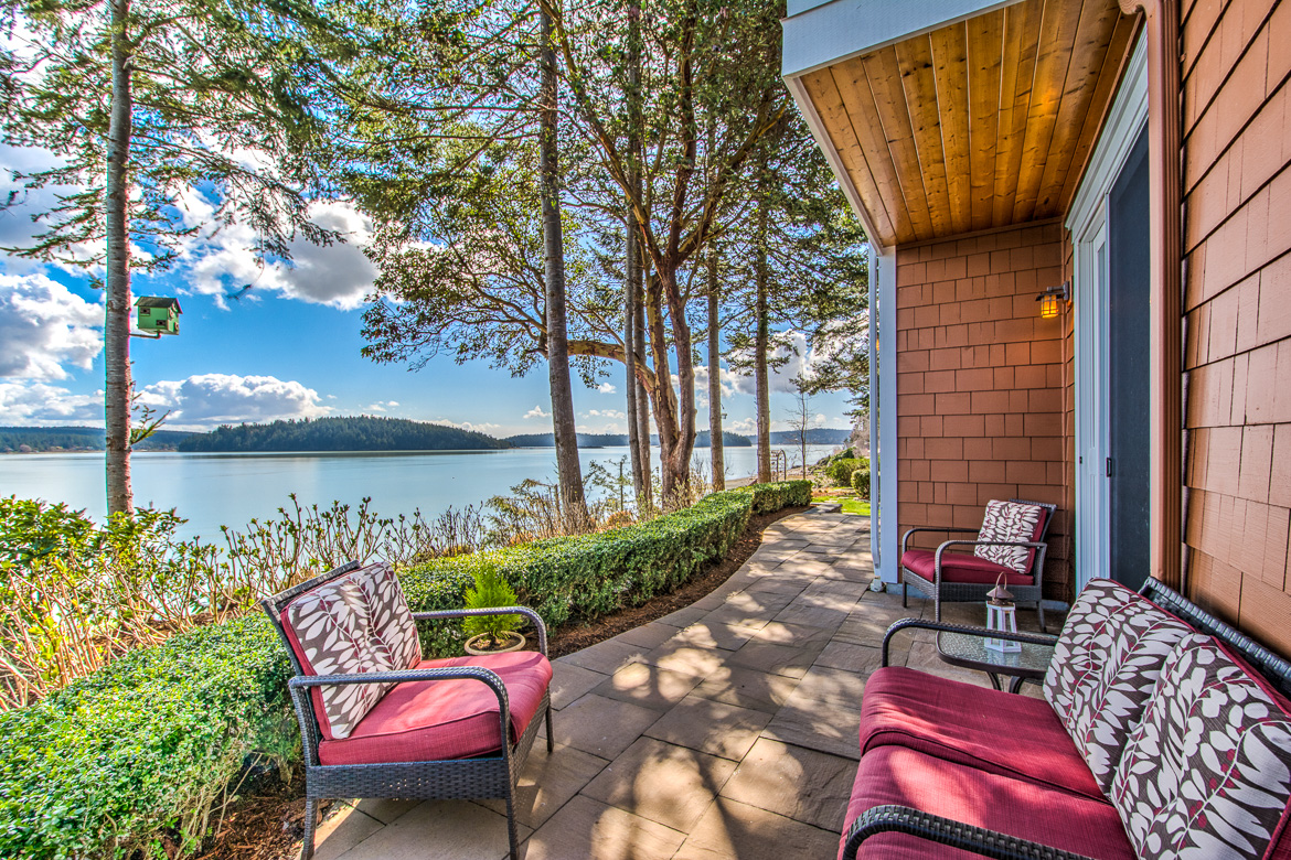 14589 Dungeness Ln HDR Anacortes-282017-SMALL.jpg