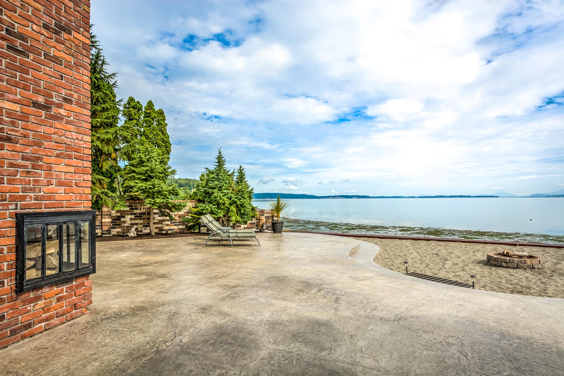 809 Port Susan Terrace Rd HDR Camano Island-3-1800x1200 sRGB.jpg