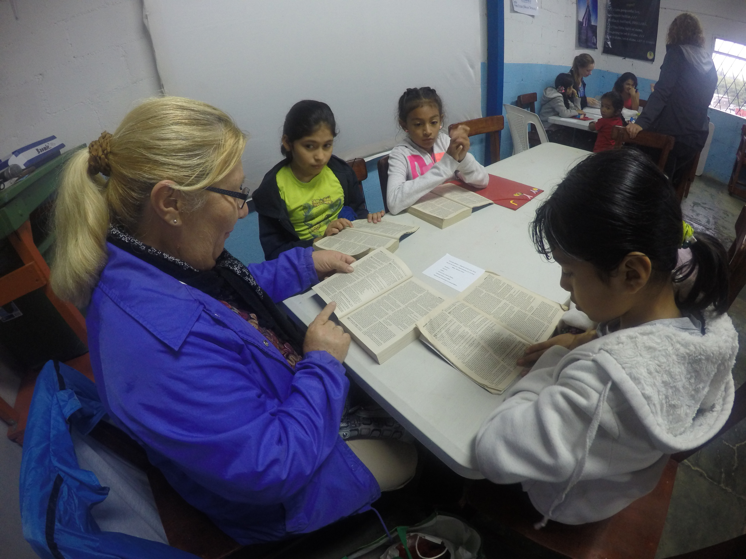 Esther (Horacio's wife) leading a bible study