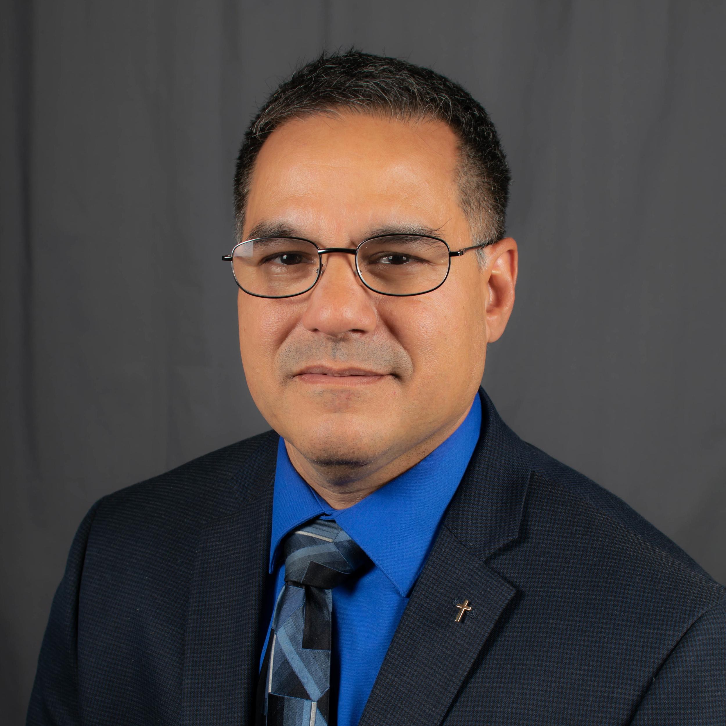 Pastor GERARDo Toro
