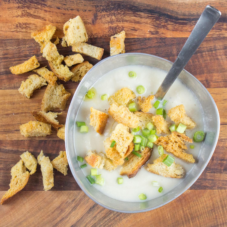 cauliflower soup croutons-6.jpg