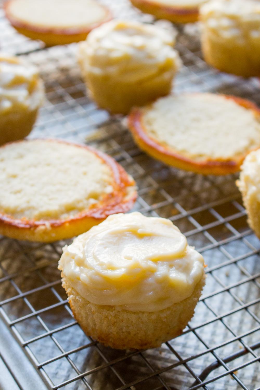 boston-cream-pie-cupcakes-1.jpg