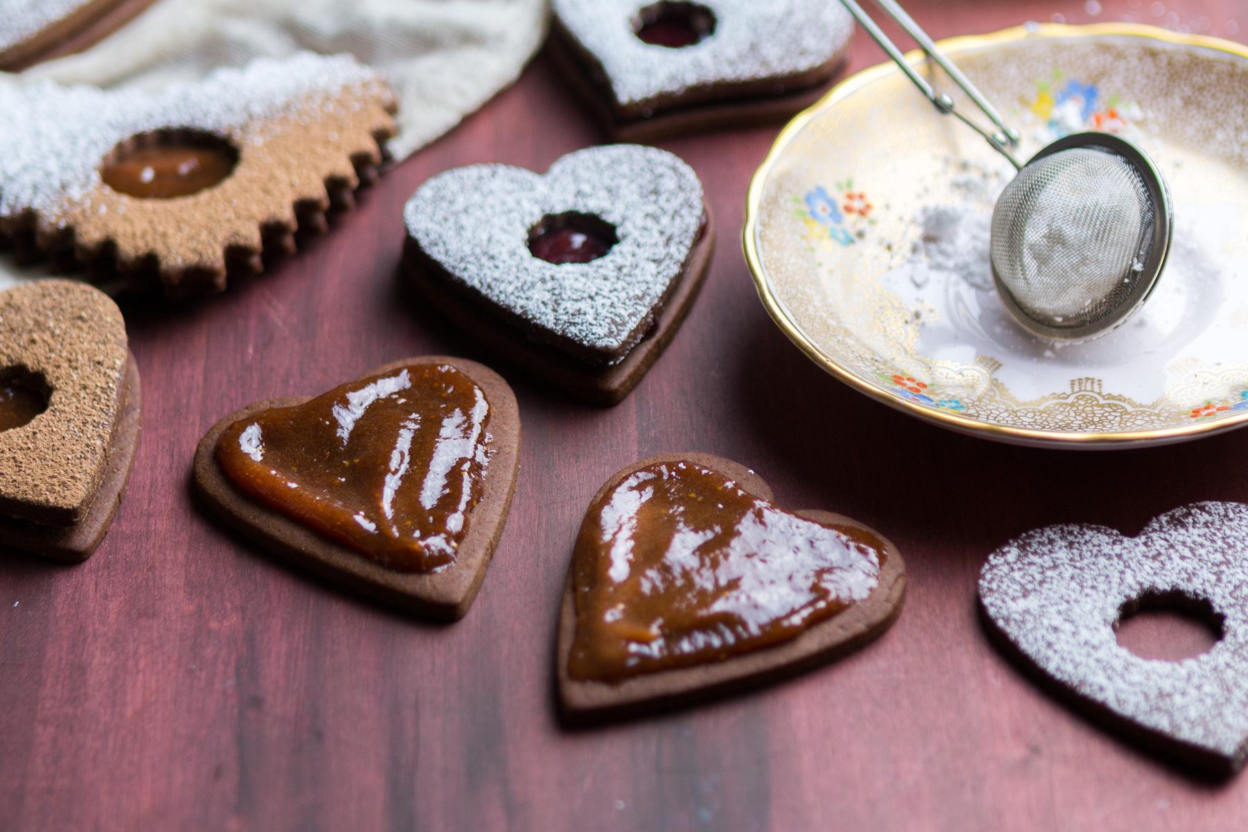 chocolate-linzer-cookies-4.jpg