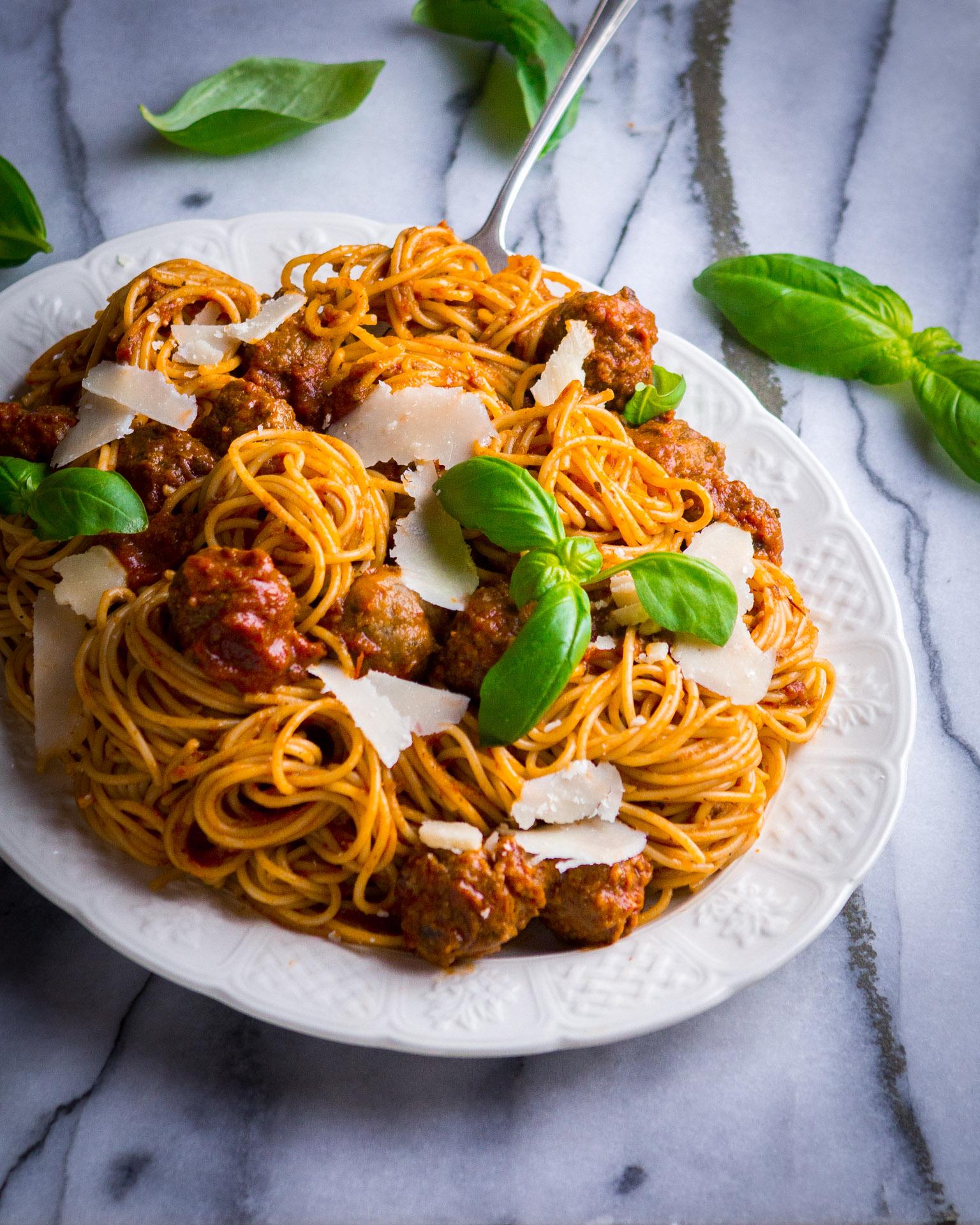 meatballs-tomato-sauce-8.jpg