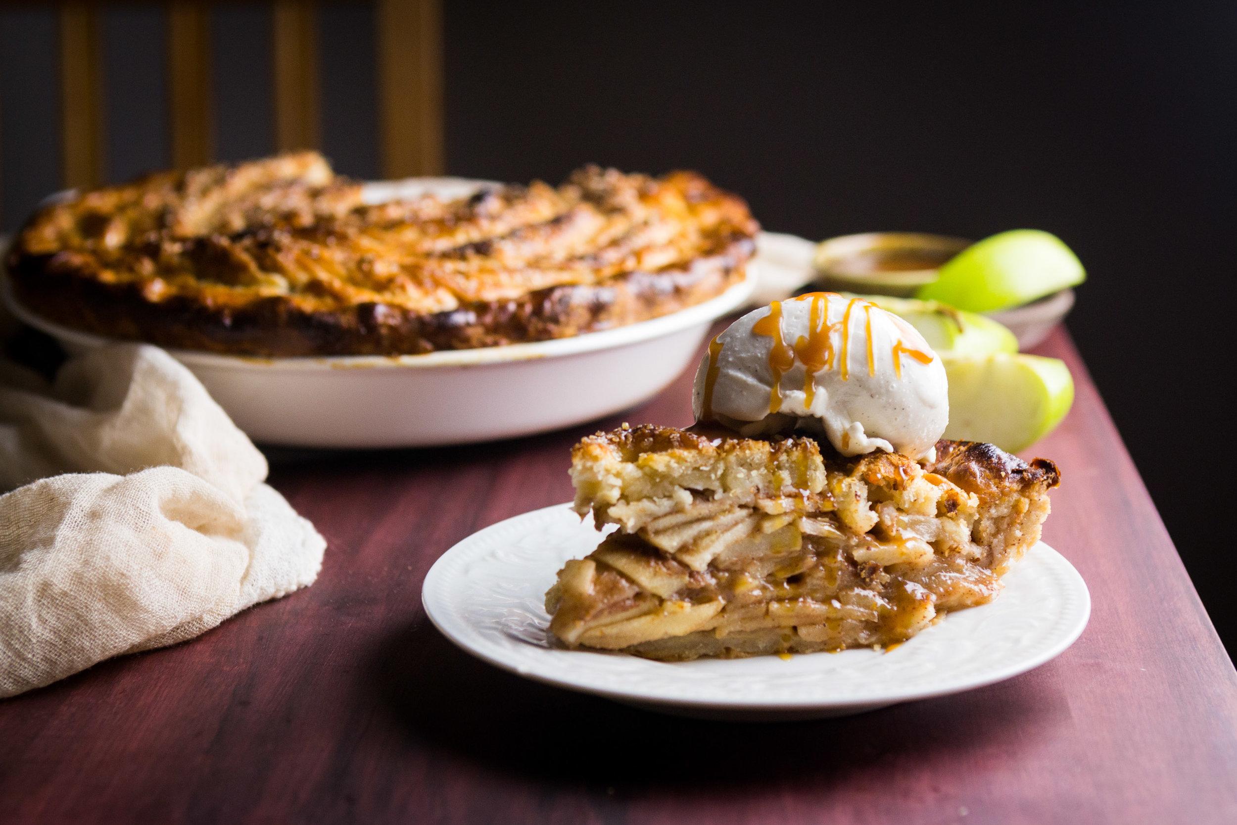 salted-caramel-apple-pie-16.jpg